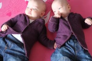 Oppskrift på babygenser strikket på strikkemaskin